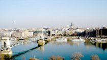 Budapest | 47°30' N, 19°02' E | MMIV, décembre © S.M.I. Olivier