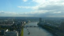 River Thames, London | 51°30' N, 00°05' E | MMVII, septembre © HRH Grand Duchess Julianna of Ruritania