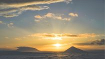 Kísilvegur, Húsavík | 65°75' N, 17°14' W | MMXV, janvier © Thiborama / Studio Plaire
