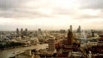 London | 51°50' N, 00°12' E | MMIII, octobre © S.M.I. Olivier