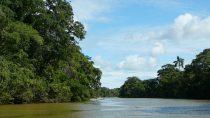 Wallace river, Belize district | 17°45' N, 88°21' W | MMIX, novembre © HRH Grand Duchess Julianna of Ruritania